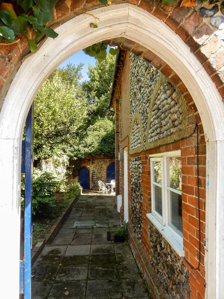 2 Bedrooms Cottage House for sale in Bredfield Street, Woodbridge
