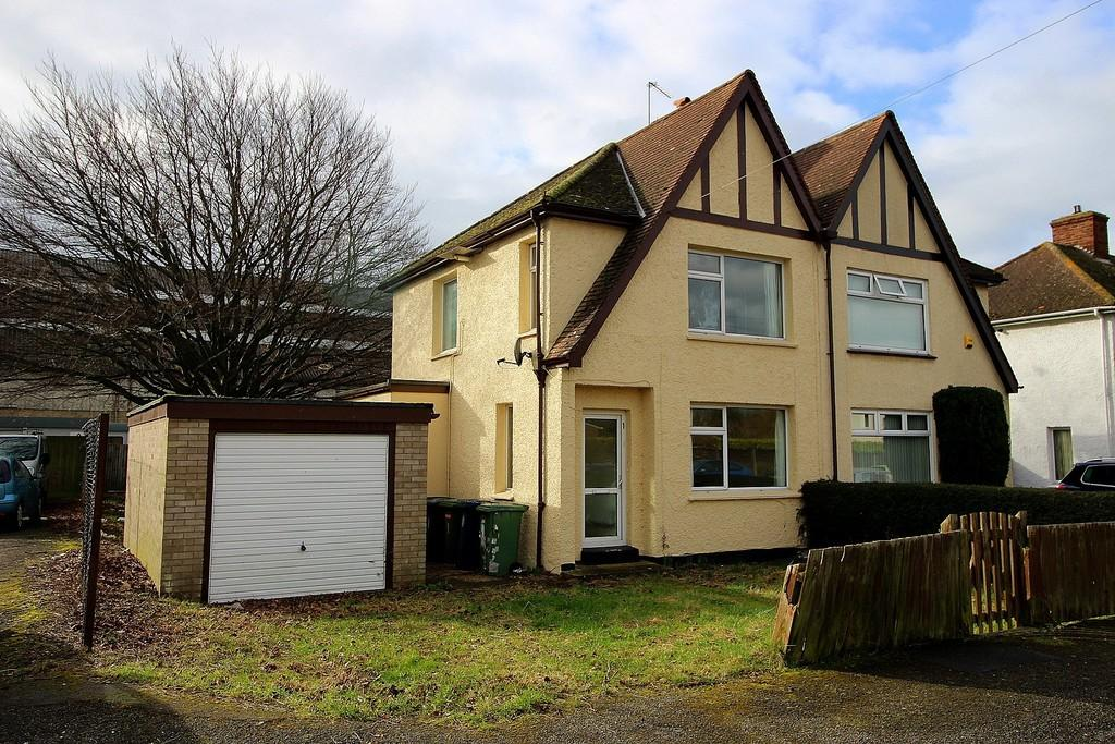 3 Bedrooms Semi Detached House for sale in The Homing, Cambridge