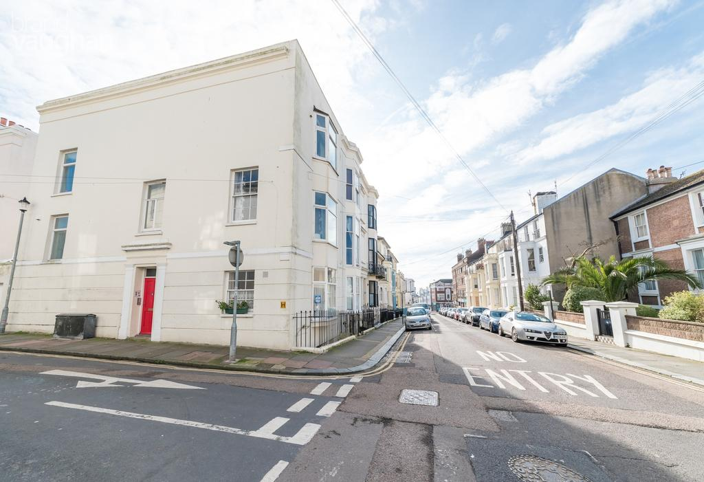 4 Bedrooms House for rent in College Road, Brighton, BN2