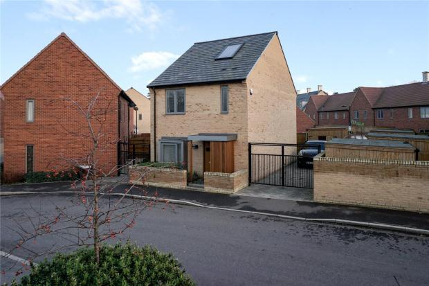 3 Bedrooms Detached House for sale in Banner Road, Trumpington, Cambridge