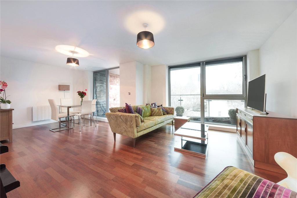 2 Bedrooms Flat for sale in Star Wharf, 40 St. Pancras Way, London