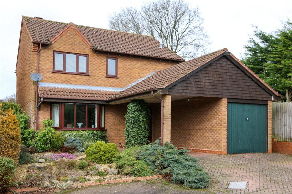 4 Bedrooms Detached House for sale in Ashgrove Close, Marlbrook, Bromsgrove, B60