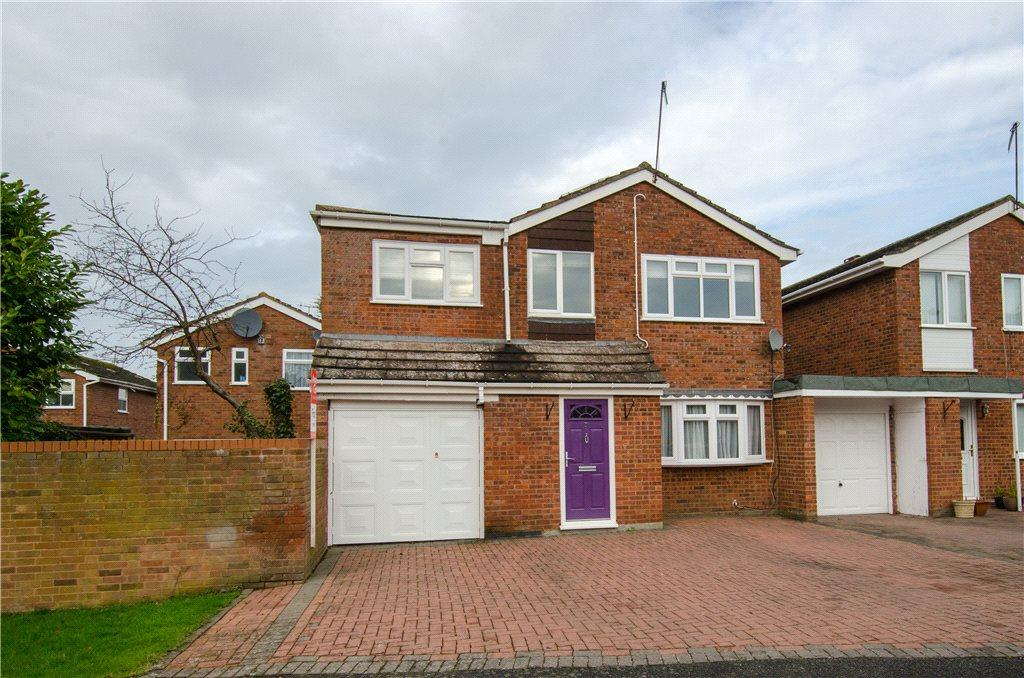 4 Bedrooms Detached House for sale in Cedar Close, Droitwich, Worcestershire, WR9