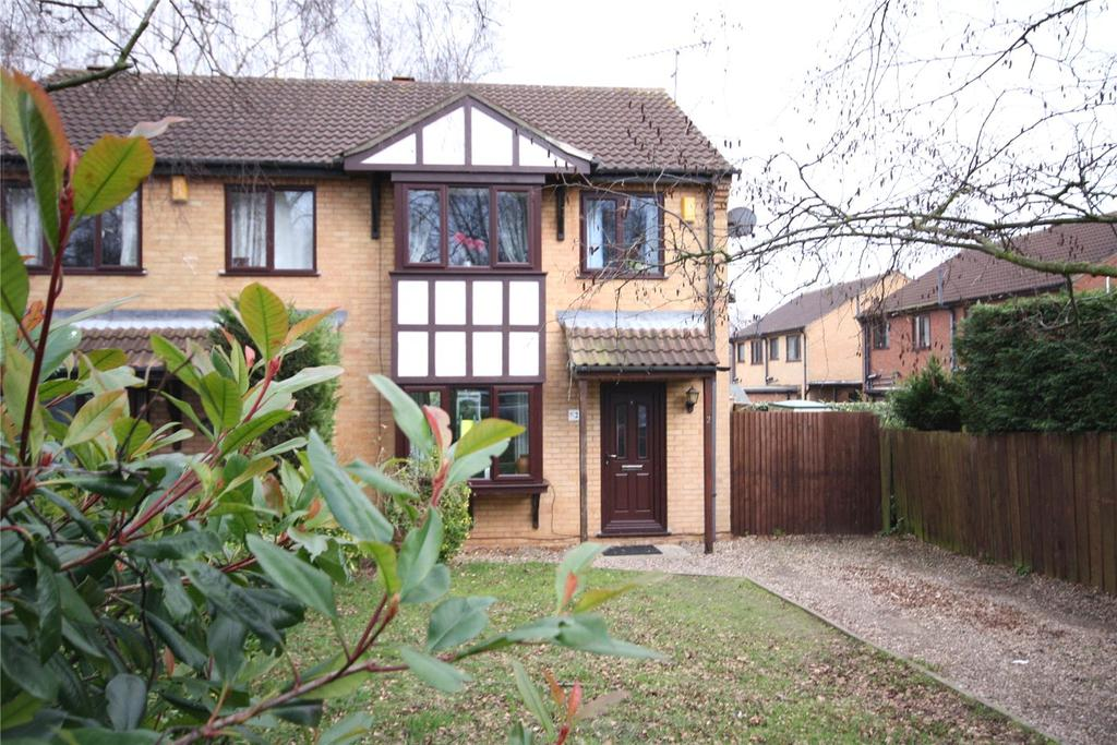 3 Bedrooms Semi Detached House for sale in Wedgewood Close, Lincoln, LN6