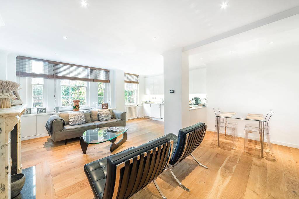3 Bedrooms Flat for sale in Cranmer Court, Whiteheads Grove, SW3