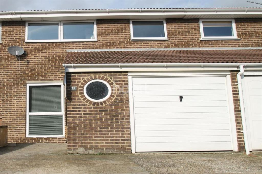 3 Bedrooms Semi Detached House for sale in SPRINGFIELD