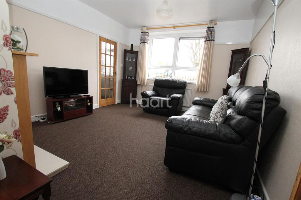3 Bedrooms End Of Terrace House for sale in Overseal Road, New Parks, Leicester