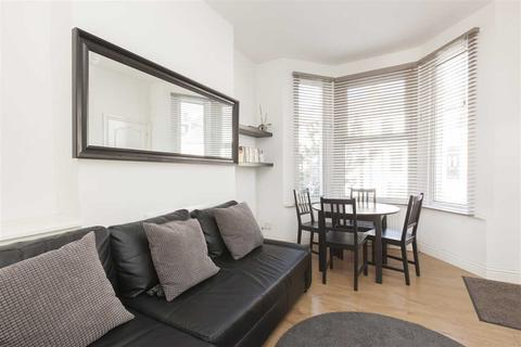 1 bedroom apartment to rent - Ronver Road, Lee