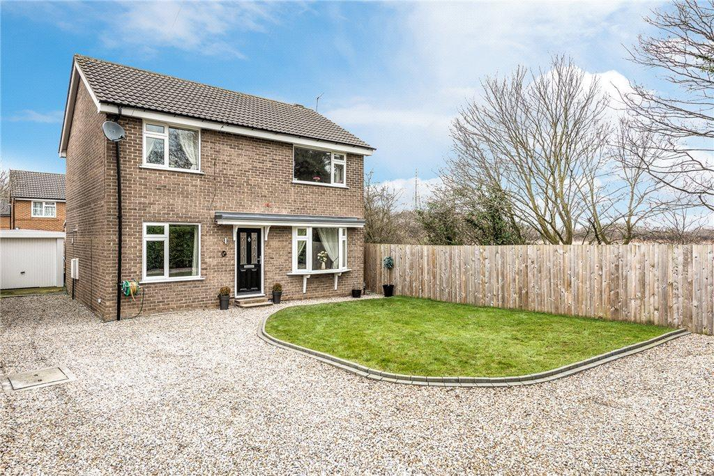 4 Bedrooms Detached House for sale in Newtondale Close, Knaresborough, North Yorkshire