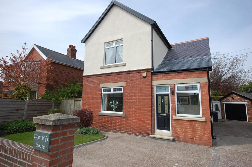 3 Bedrooms Detached House for sale in Sunniside