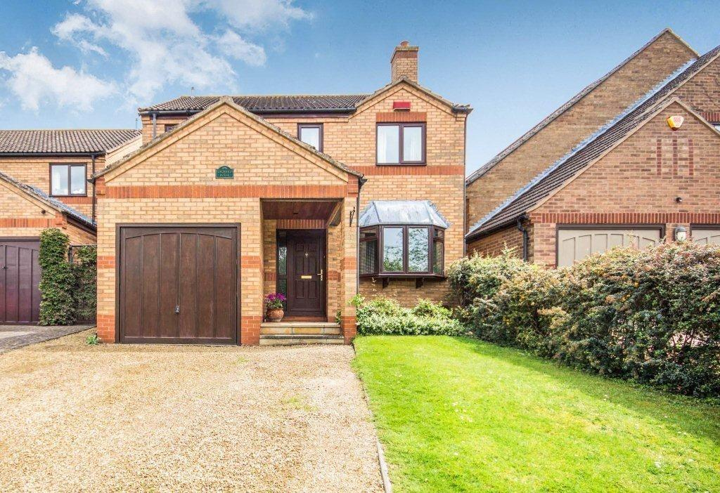 4 Bedrooms Detached House for sale in Luddington Road, Stratford-Upon-Avon