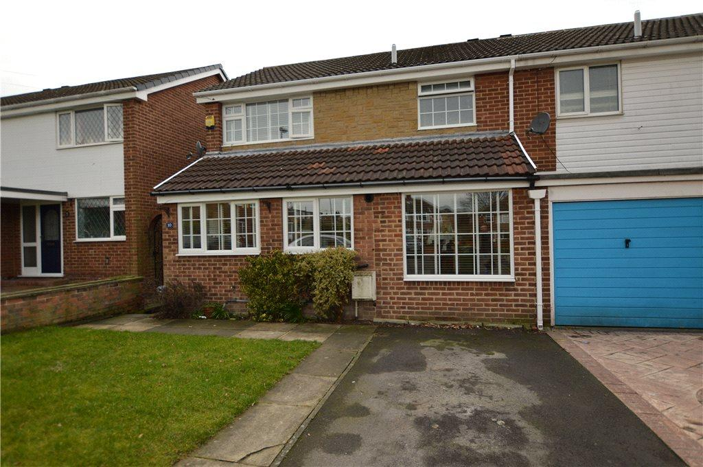 3 Bedrooms Semi Detached House for sale in Whitehall Croft, Rothwell, Leeds