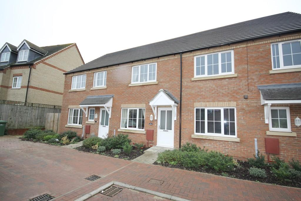 2 Bedrooms Terraced House for sale in Dahlia Close, March