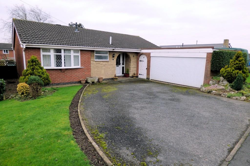 2 Bedrooms Detached Bungalow for sale in Aldersley Close, Findern