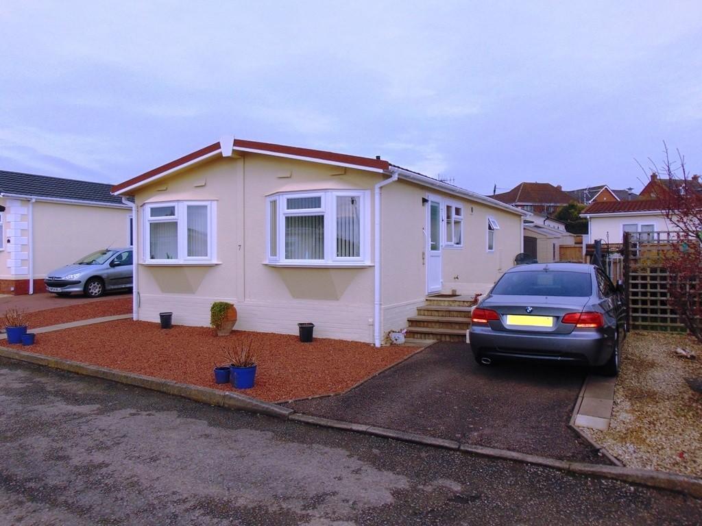2 Bedrooms Mobile Home for sale in Parklands, Evesham