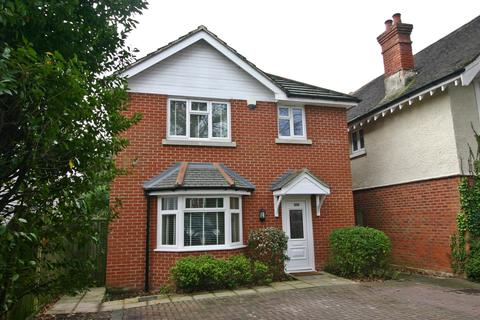 3 bedroom house for sale - Portsmouth Road, Southampton, SO19 9AN