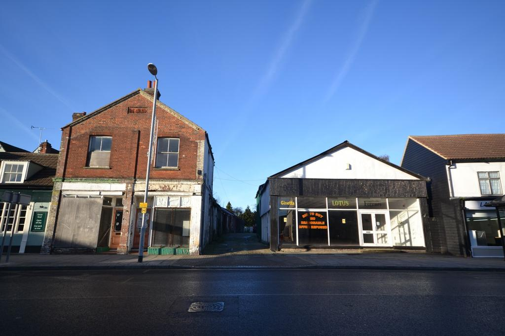 Land Commercial for sale in Rayne Road, Braintree, Essex, CM7