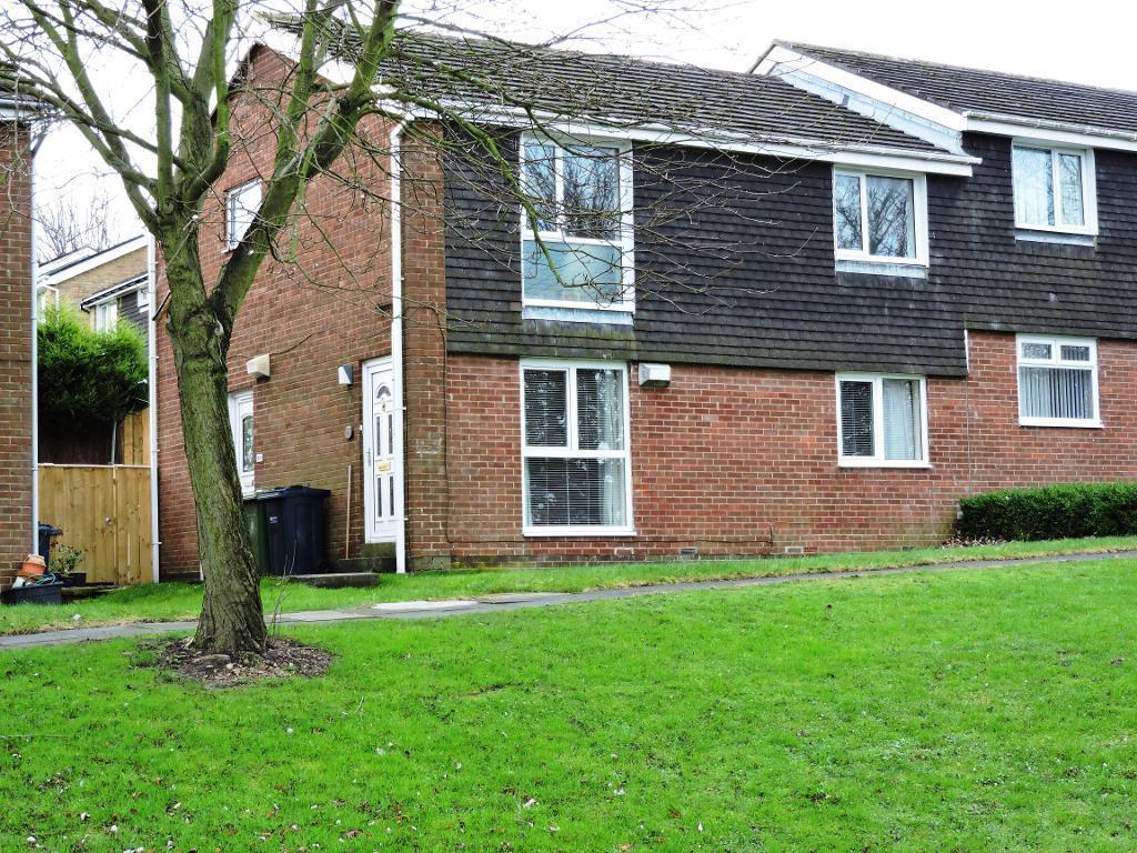 2 Bedrooms Ground Flat for sale in Kingsway, Sunniside, Sunniside, Tyne and Wear, NE16 5XB