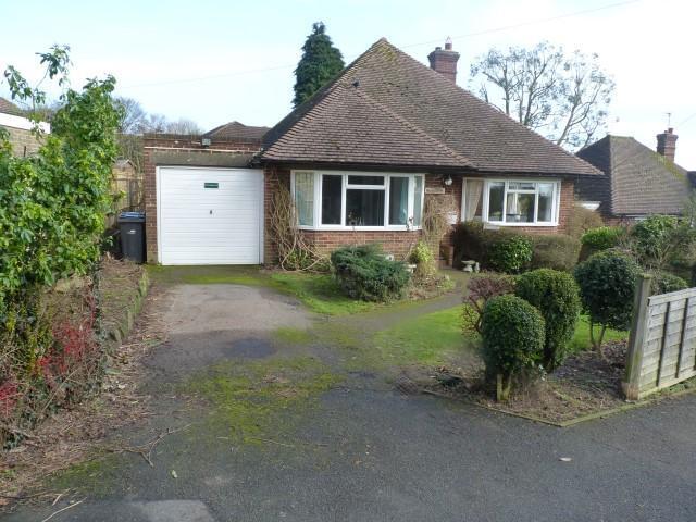 3 Bedrooms Detached House for sale in Green Lane, Heathfield, E.Sussex, TN21 8EW