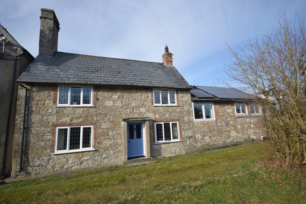 2 Bedrooms Detached House for sale in Main Road, Porchfield