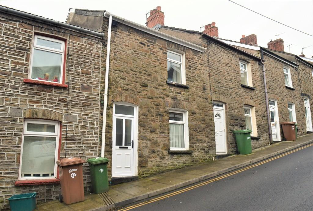 2 Bedrooms Terraced House for sale in Church Street, Bargoed