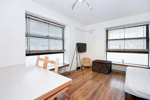 1 bedroom flat to rent - Clipstone Street, W1W