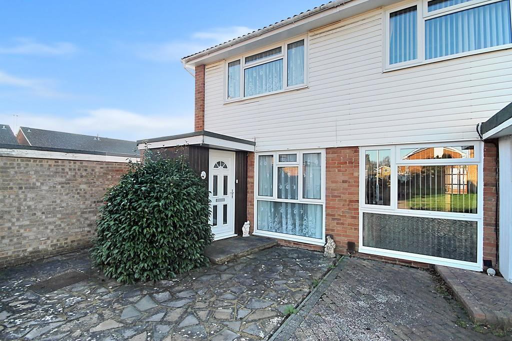 2 Bedrooms End Of Terrace House for sale in Alberta Walk, Worthing BN13 2SG