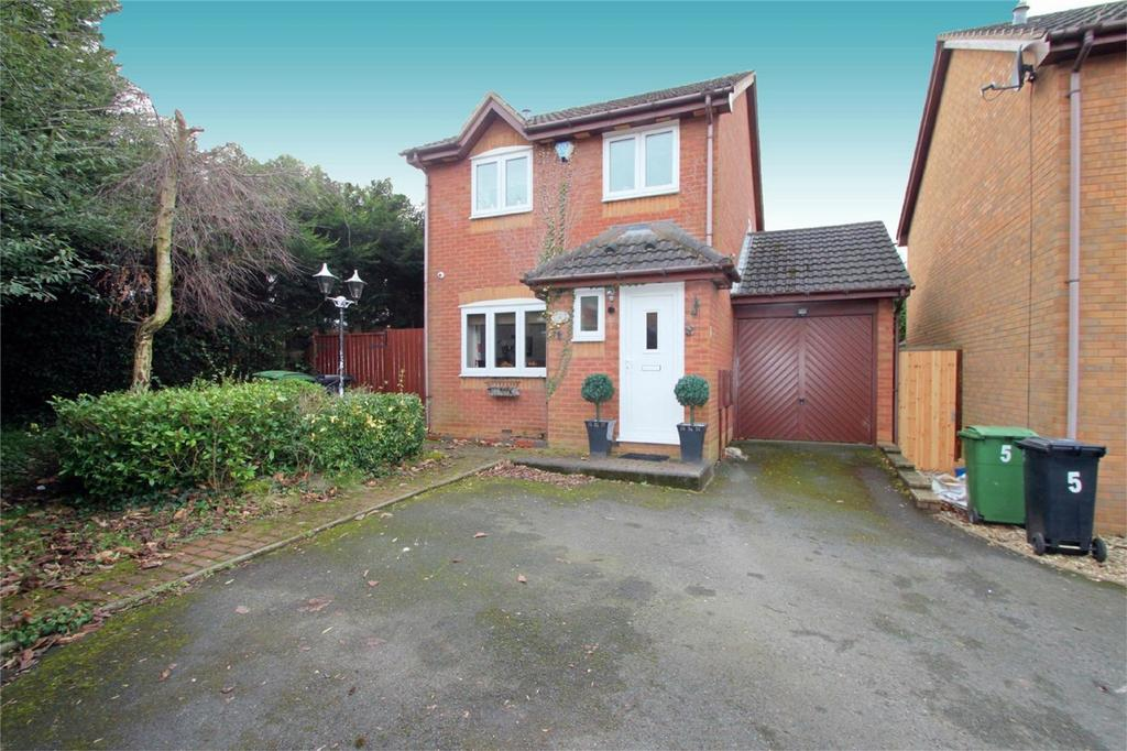 3 Bedrooms Detached House for sale in Mogul Lane, HALESOWEN, West Midlands