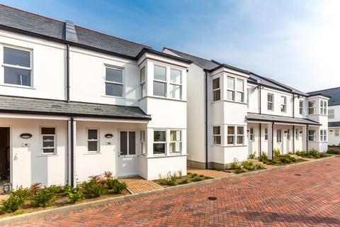 2 bedroom semi-detached house to rent - Les Ozouets Road, St. Peter Port, Guernsey