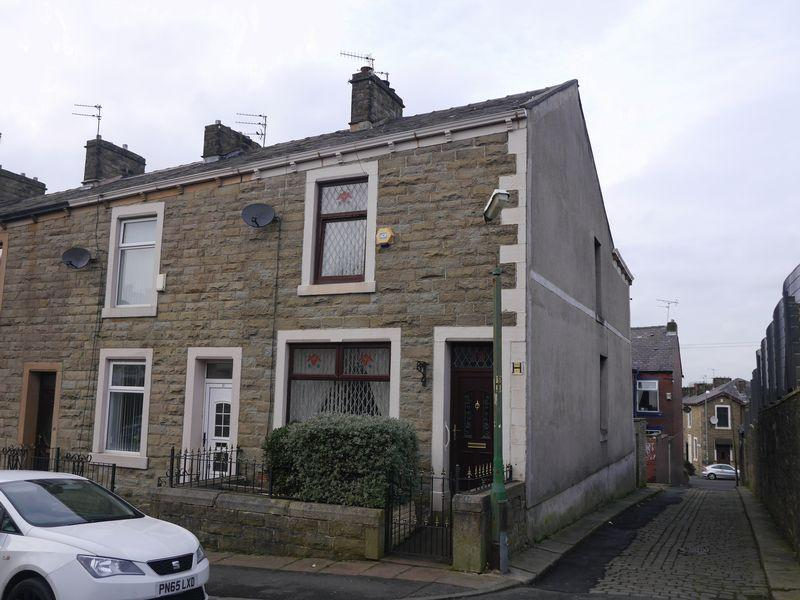 2 Bedrooms Terraced House for sale in Garfield Street, Accrington
