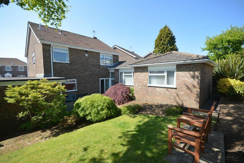 5 Bedrooms Detached House for sale in 11 Gwalia Close, BRIDGEND, Mid Glamorgan