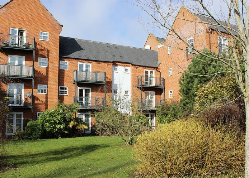2 Bedrooms Apartment Flat for sale in Smiths Wharf, Wantage