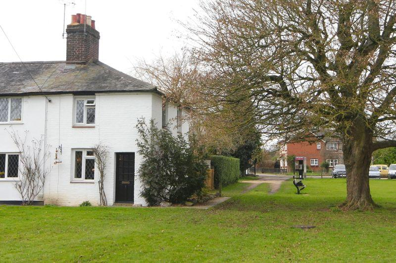 1 Bedroom Cottage House for sale in The Green, Gaddesden Row