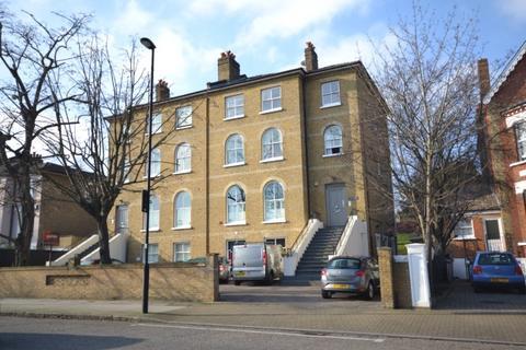 2 bedroom flat for sale - Lancaster Avenue,  London, SE27