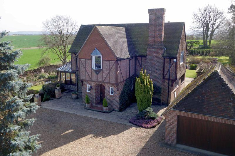 6 Bedrooms Detached House for sale in Long Crendon, Buckinghamshire