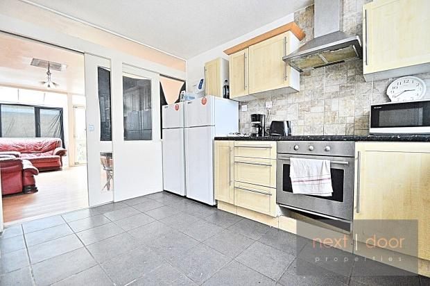 3 Bedrooms Terraced House for sale in Claylands Road , Oval, SW8