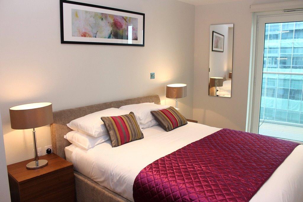 2 Bedrooms Flat for sale in Whitechapel High Street, Aldgate East, London, E1