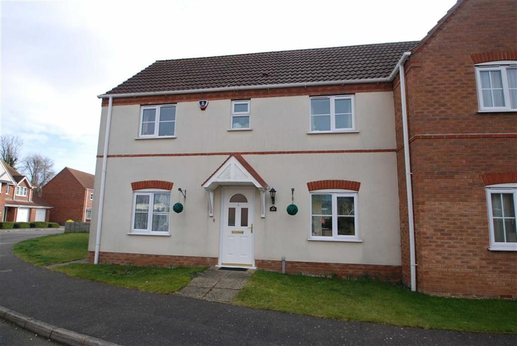 3 Bedrooms Semi Detached House for sale in Thomas Middlecott Drive, Kirton, Boston