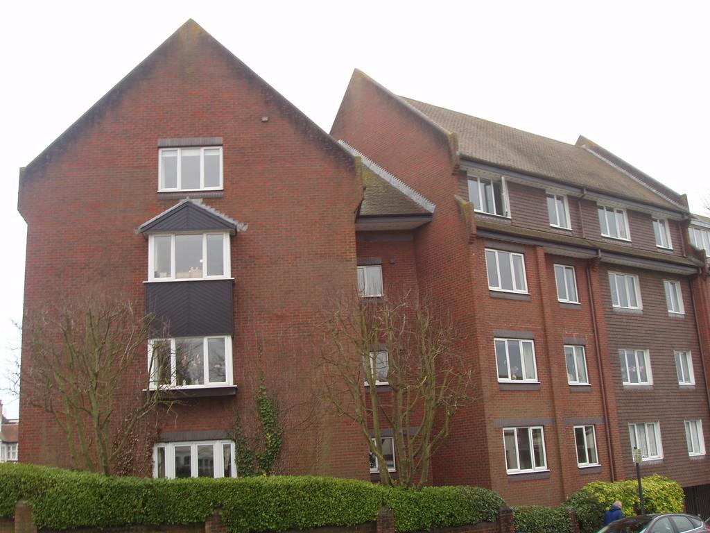 2 Bedrooms Retirement Property for sale in The Vineries, Nizells Avenue, Hove BN3