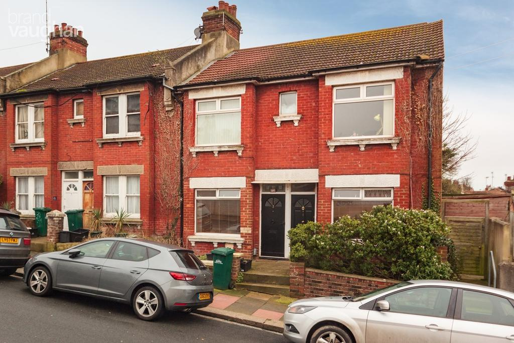 2 Bedrooms Flat for sale in Milner Road, Brighton, BN2