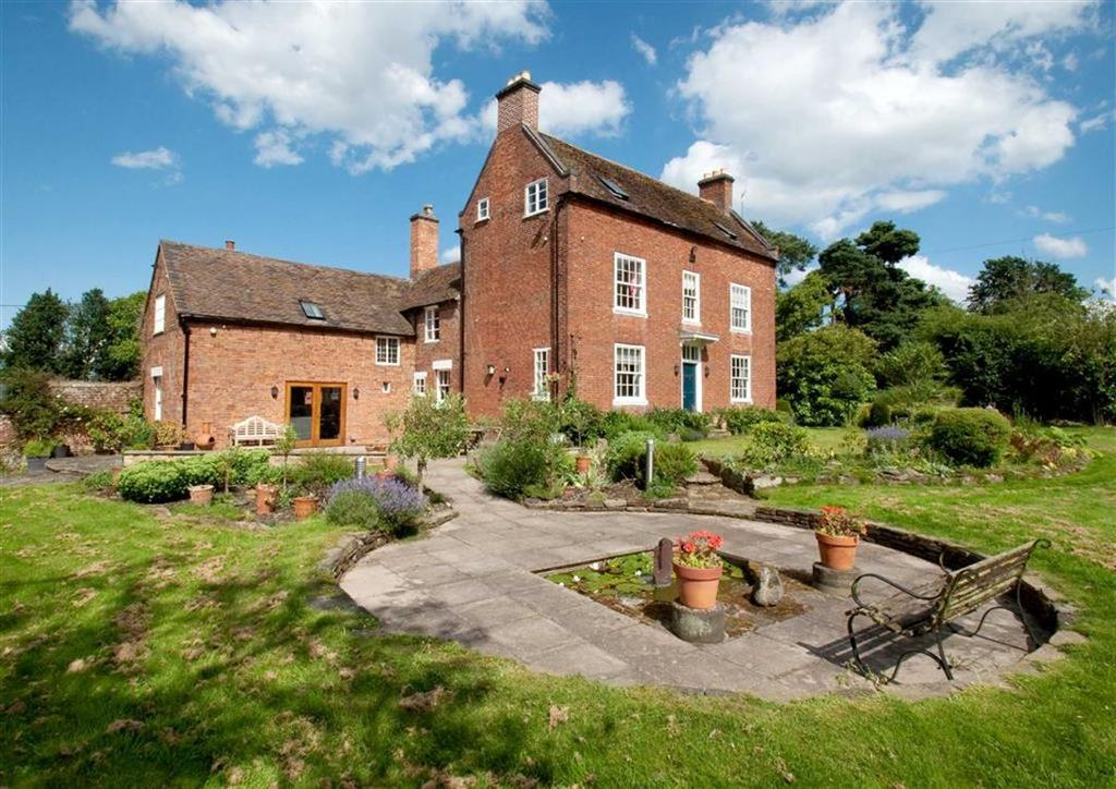 5 Bedrooms Detached House for sale in Lichfield House, Water Eaton, Near Brewood, Stafford, South Staffordshire, ST19