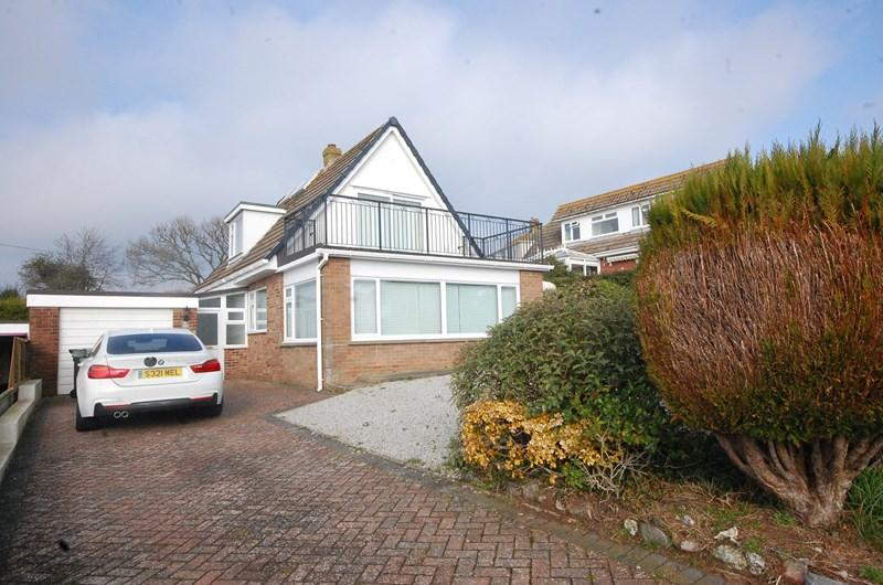 3 Bedrooms Detached Bungalow for sale in Higher Holcombe Road, Teignmouth