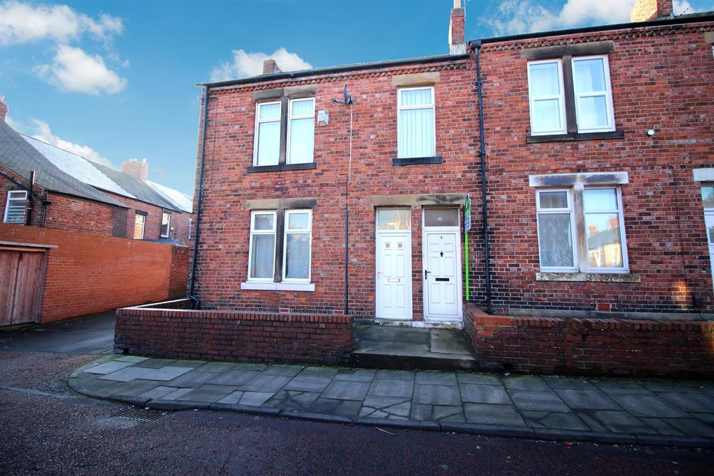 2 Bedrooms Flat for sale in Duke Street, Pelaw, Gateshead