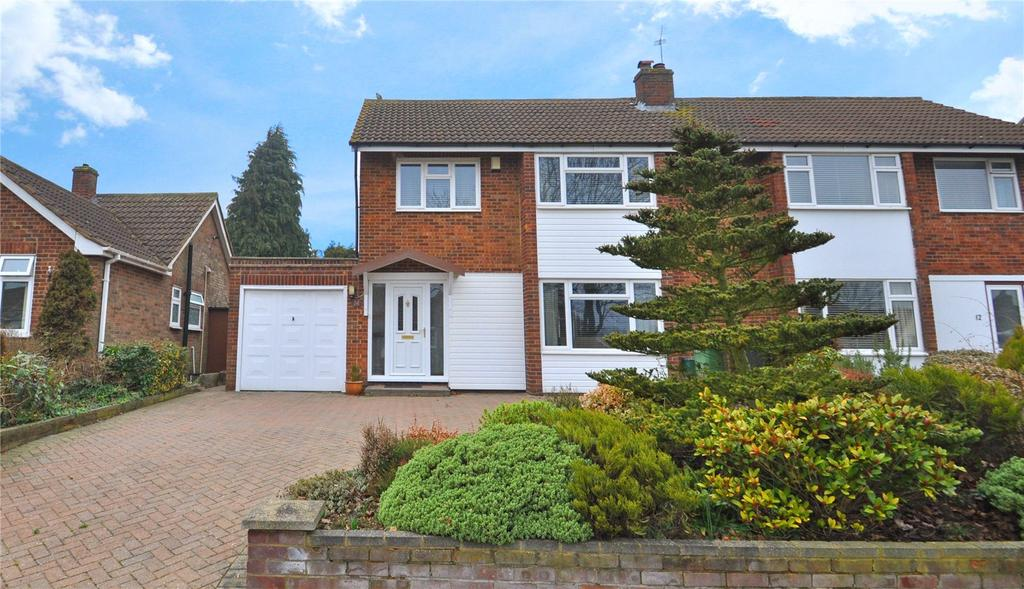 3 Bedrooms Semi Detached House for sale in Robert Avenue, St. Albans, Hertfordshire