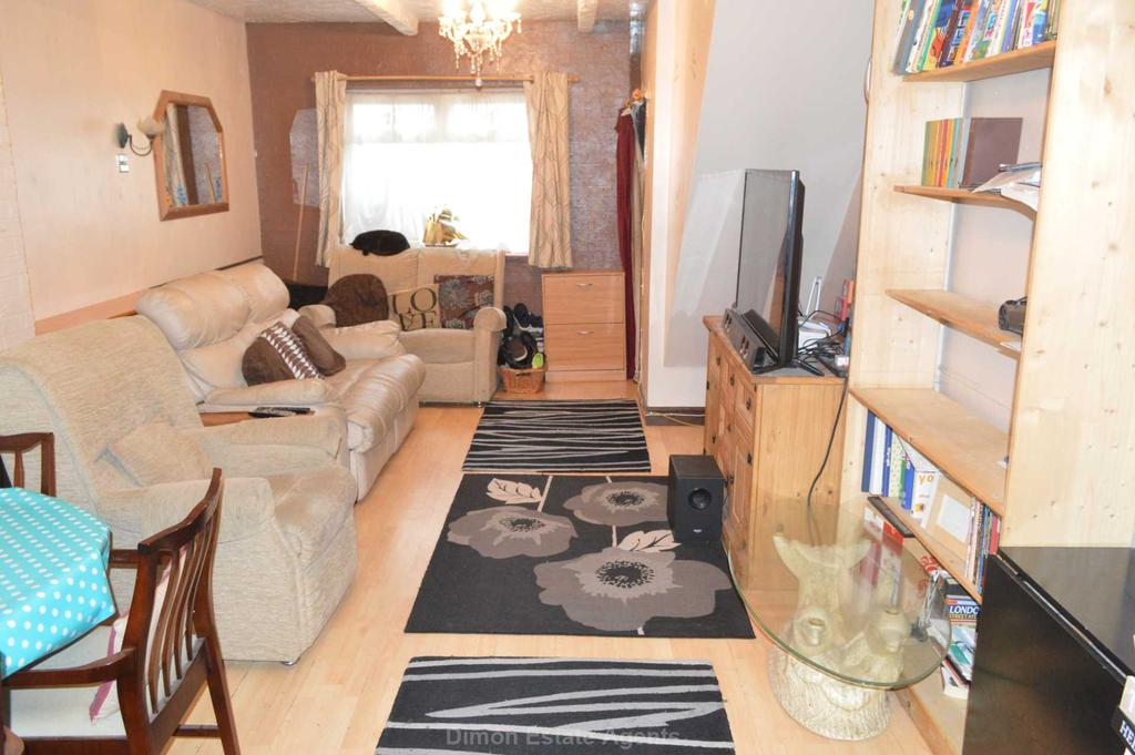 2 Bedrooms Terraced House for sale in Durham Street, Gosport