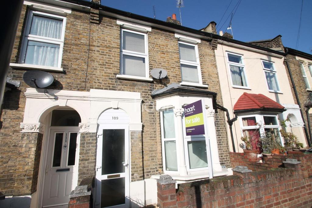 4 Bedrooms Terraced House for sale in Lynmouth Road