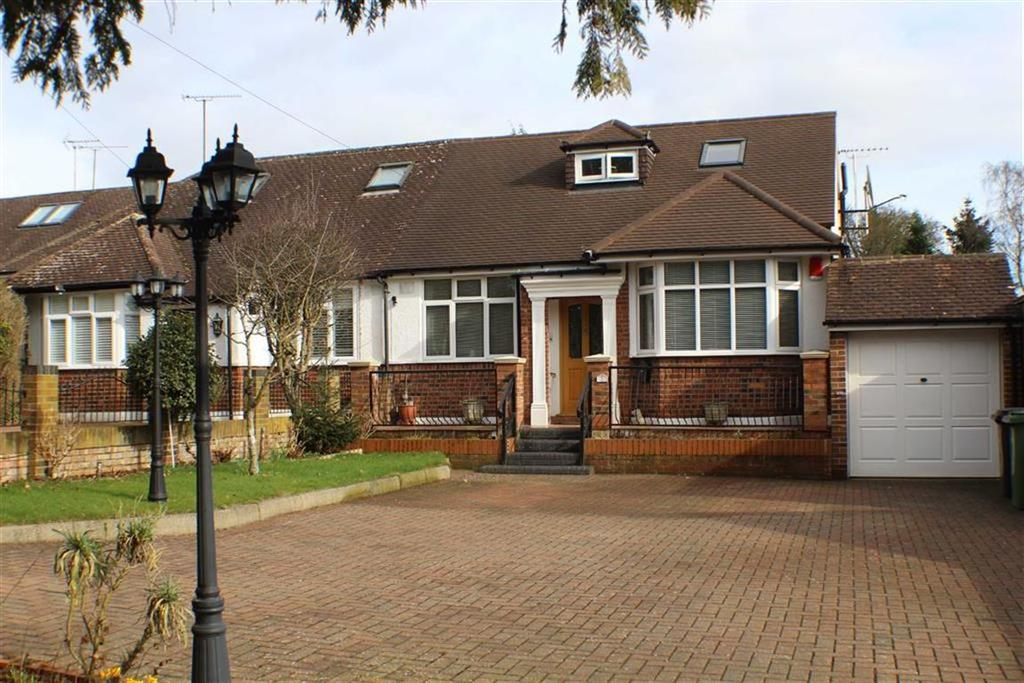 3 Bedrooms Semi Detached Bungalow for sale in Green Lane, St Albans, Hertfordshire