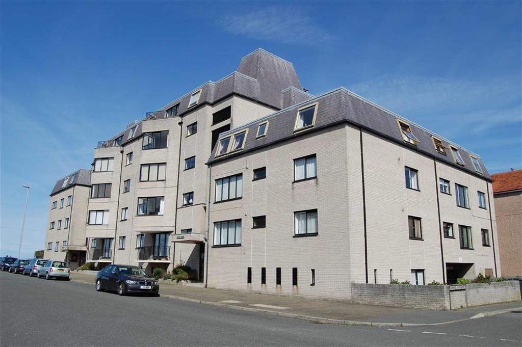1 Bedroom Apartment Flat for sale in Carmen Sylva Road, Craig Y Don, Llandudno, Conwy