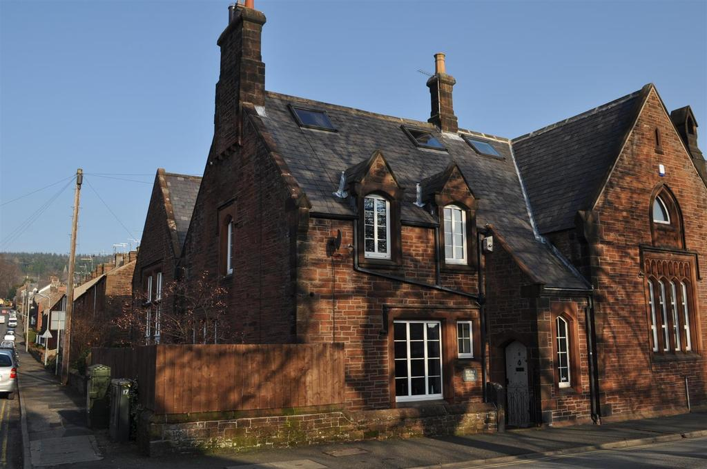 3 Bedrooms Terraced House for sale in Drovers Lane, Penrith