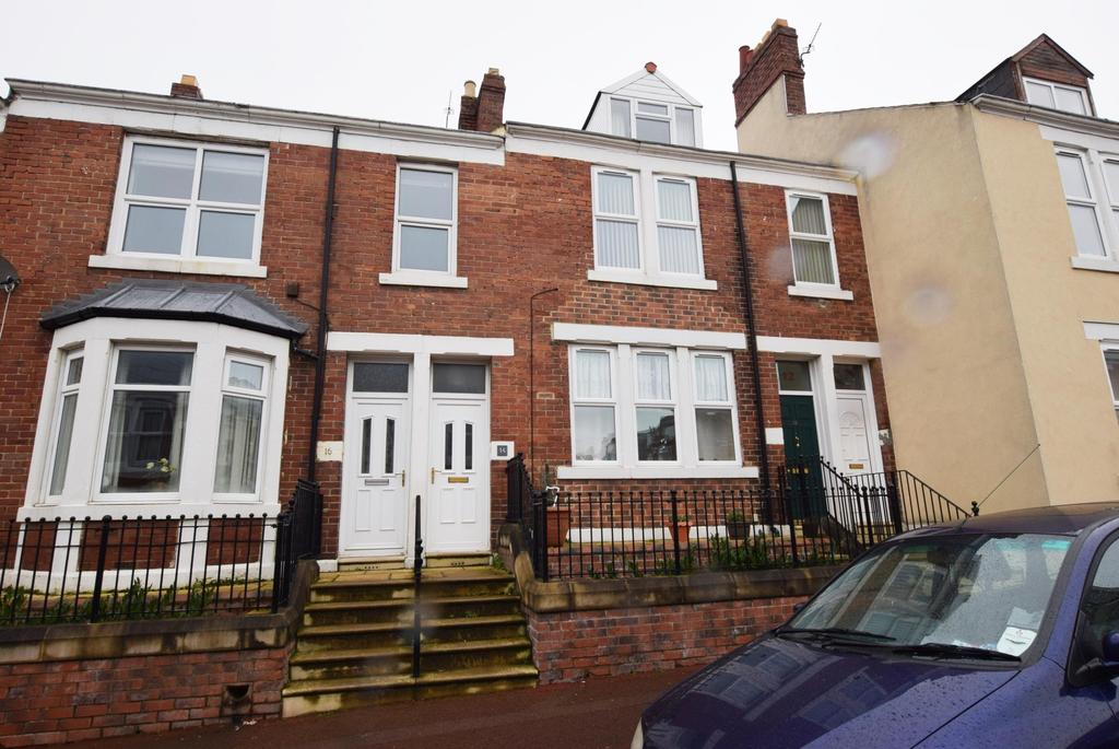 3 Bedrooms Flat for sale in Gateshead